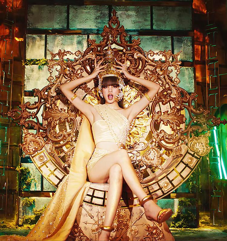 ปังไม่หยุด เอ็มวีโซโล่แรกของสาว Lisa Blackpink กับแบรนด์ไทยดังไกลระดับโลก